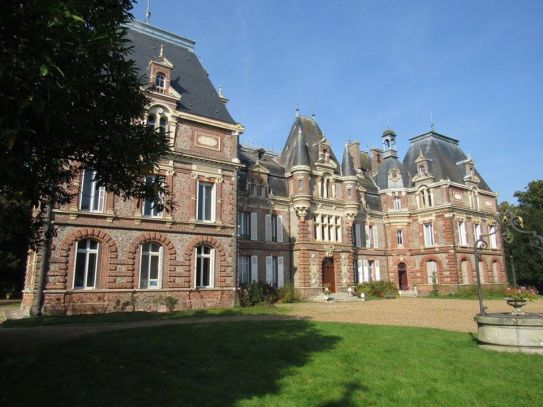 facade-est-chatau-de-la-chapelle